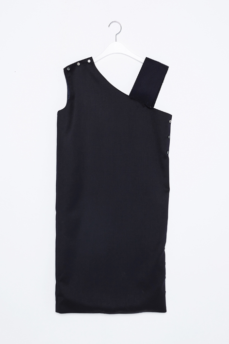 16FW ONE SHOULDER BUTTON DRESS